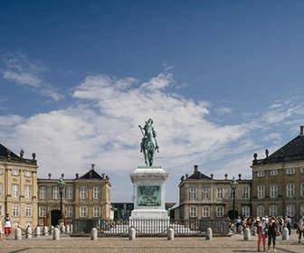 palacio-de-amalienborg