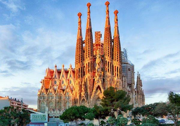 En cuantos días se visita Barcelona